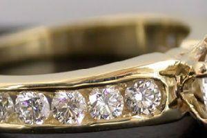Сонник кільце з діамантом до чого сниться  d87041ce88108